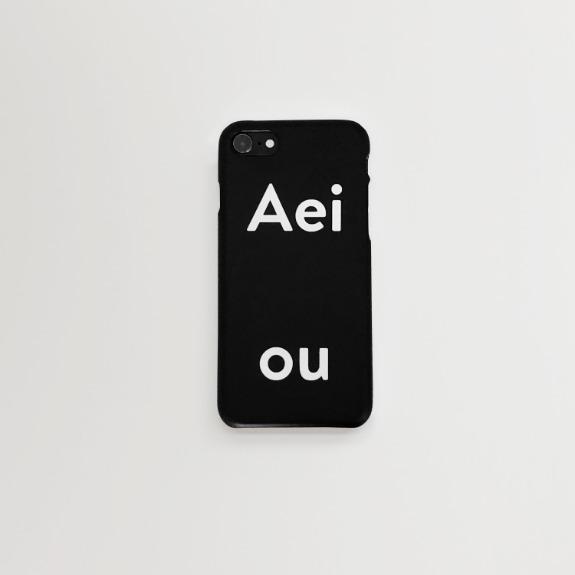 Aeiou Phone case Cool Black