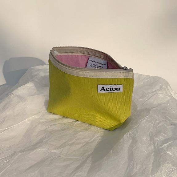 Aeiou Basic Pouch (L size) Guava green