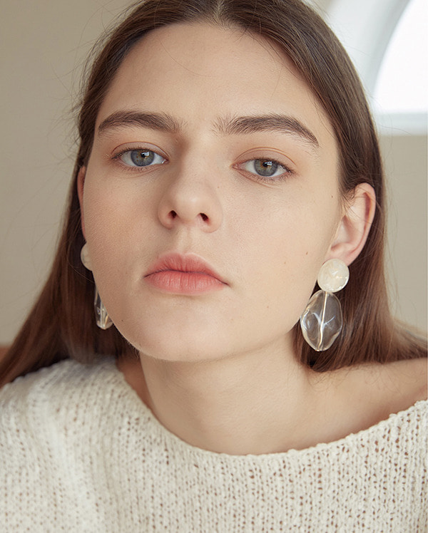 large point earring
