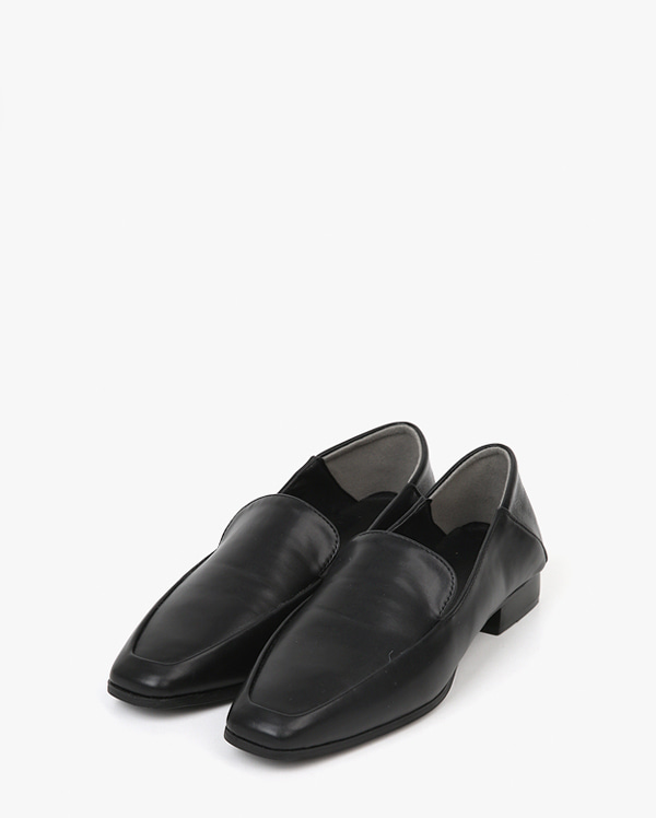 basic two way loafer (225-250)