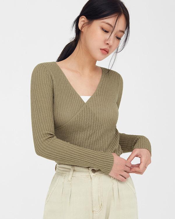 mature golgi wrap knit