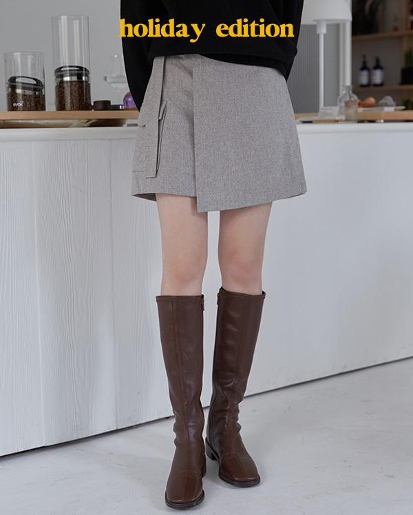 button wrap mini skirt