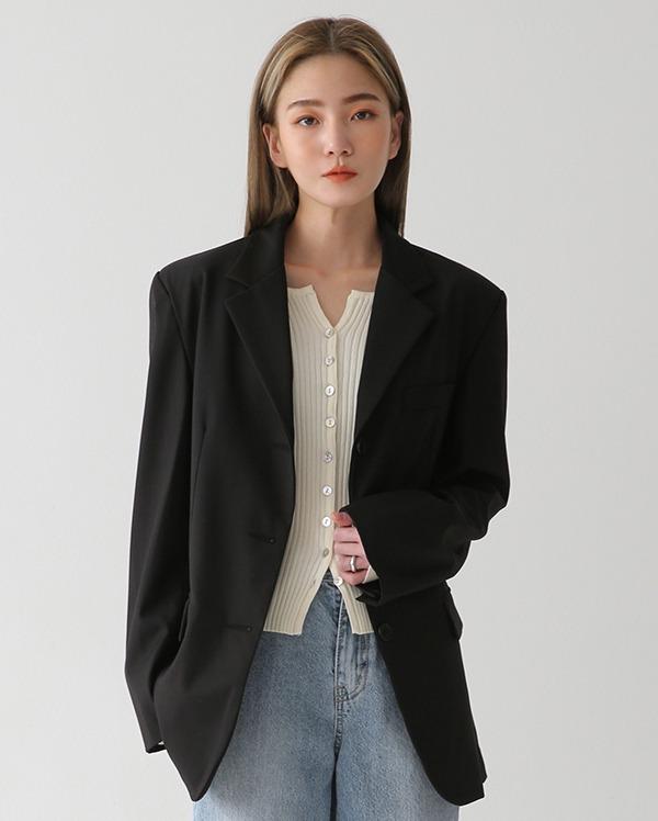 button detail single jacket