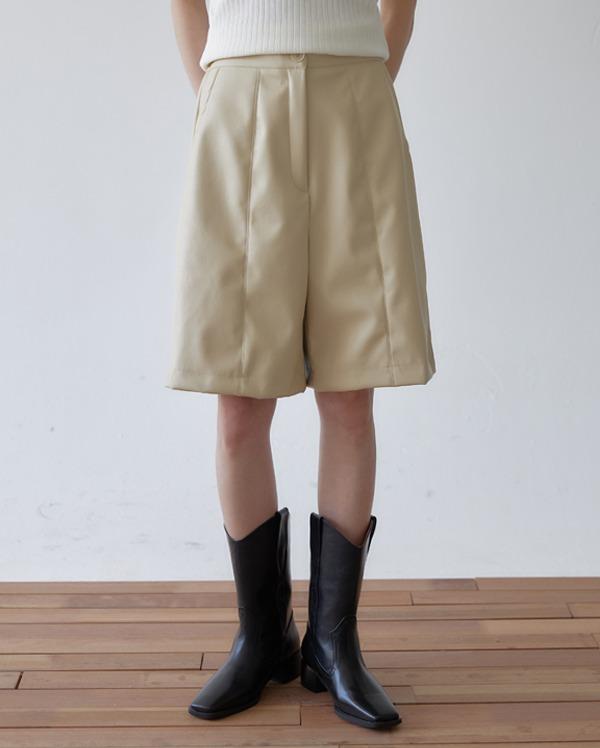 mine leather half pants