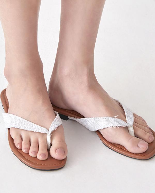 straw main slipper (225-250)