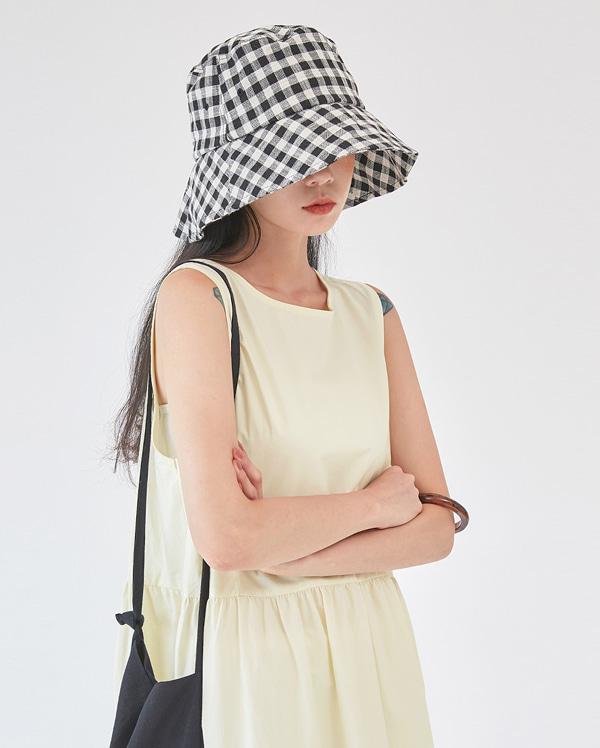 glam check bucket hat