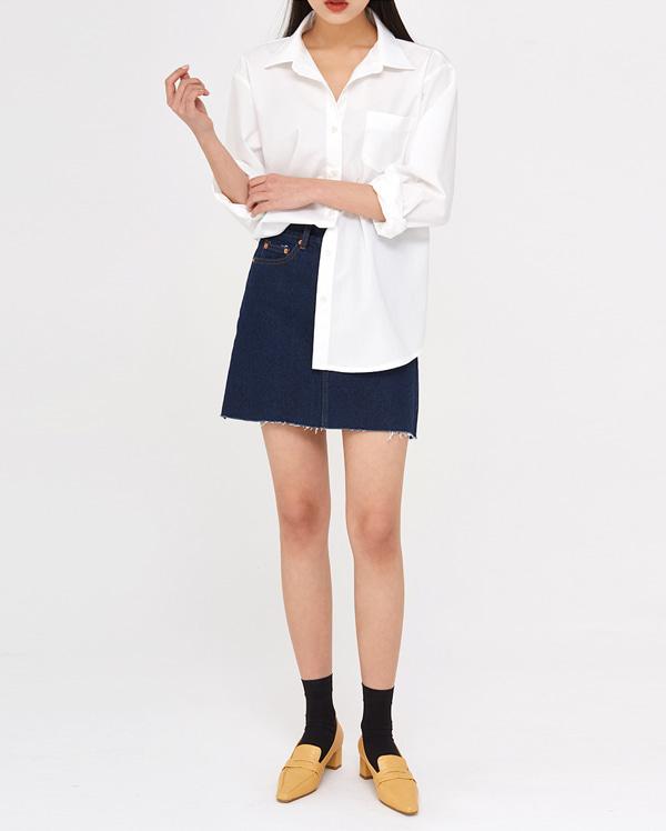 casual cut mini denim skirts (s, m, l)