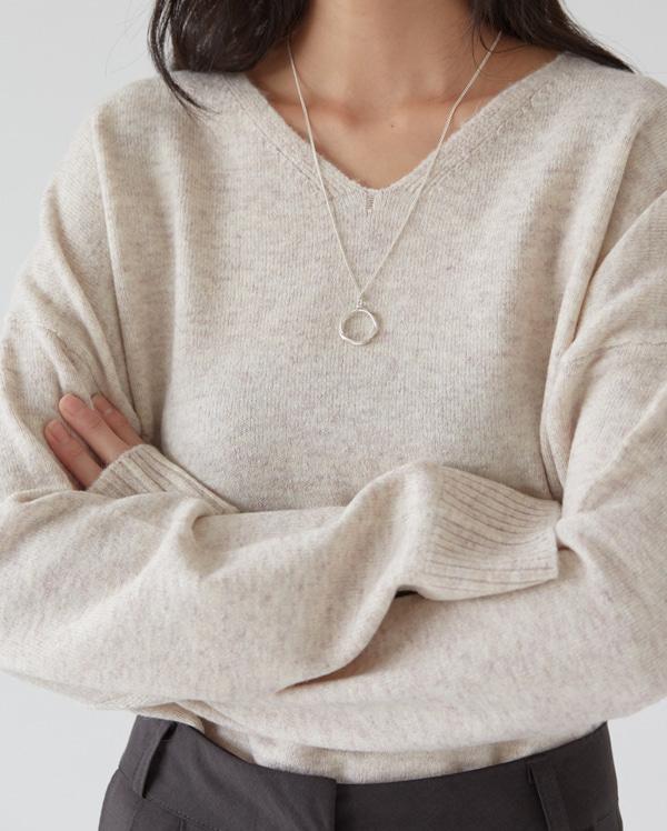 circle twist necklace