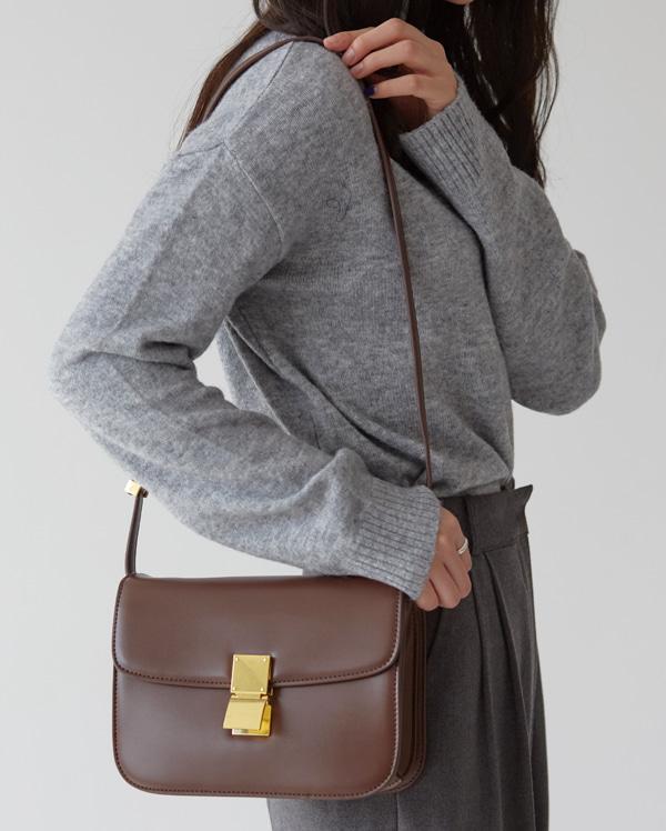 chlor square mini leather bag