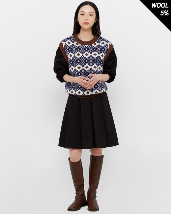 wable point knit vest