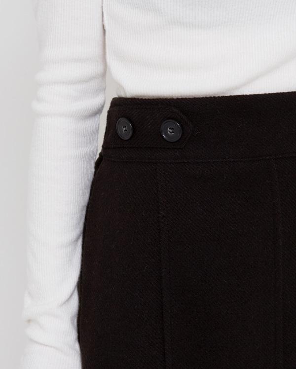 vekey button mini skirts