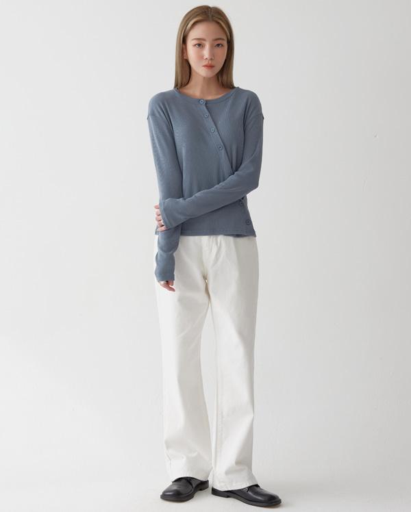 slow diagonal line knit T