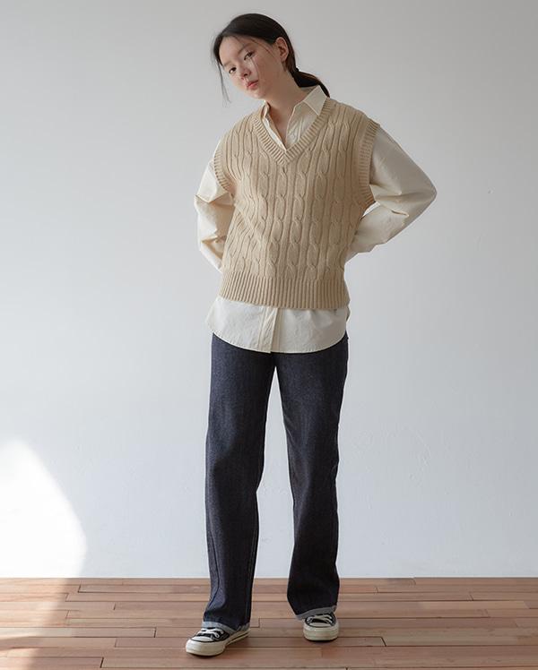 also wide denim pants (s, m, l)