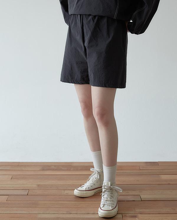 nore half banding pants