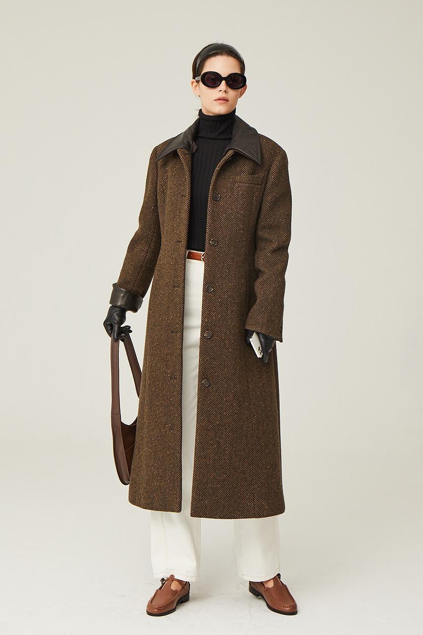 [10/28 예약배송]VIBORG Leather collar single long coat (Brown herringbone)
