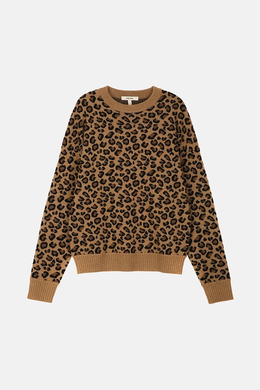 [11/10 예약배송]COZY Crew neck jacquard sweater (Leopard)