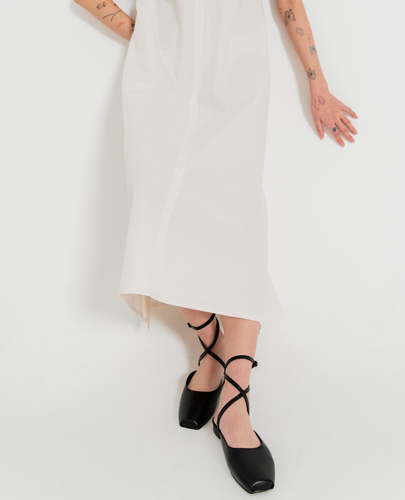 Ballet Toe Ankle Strap Flats | Black