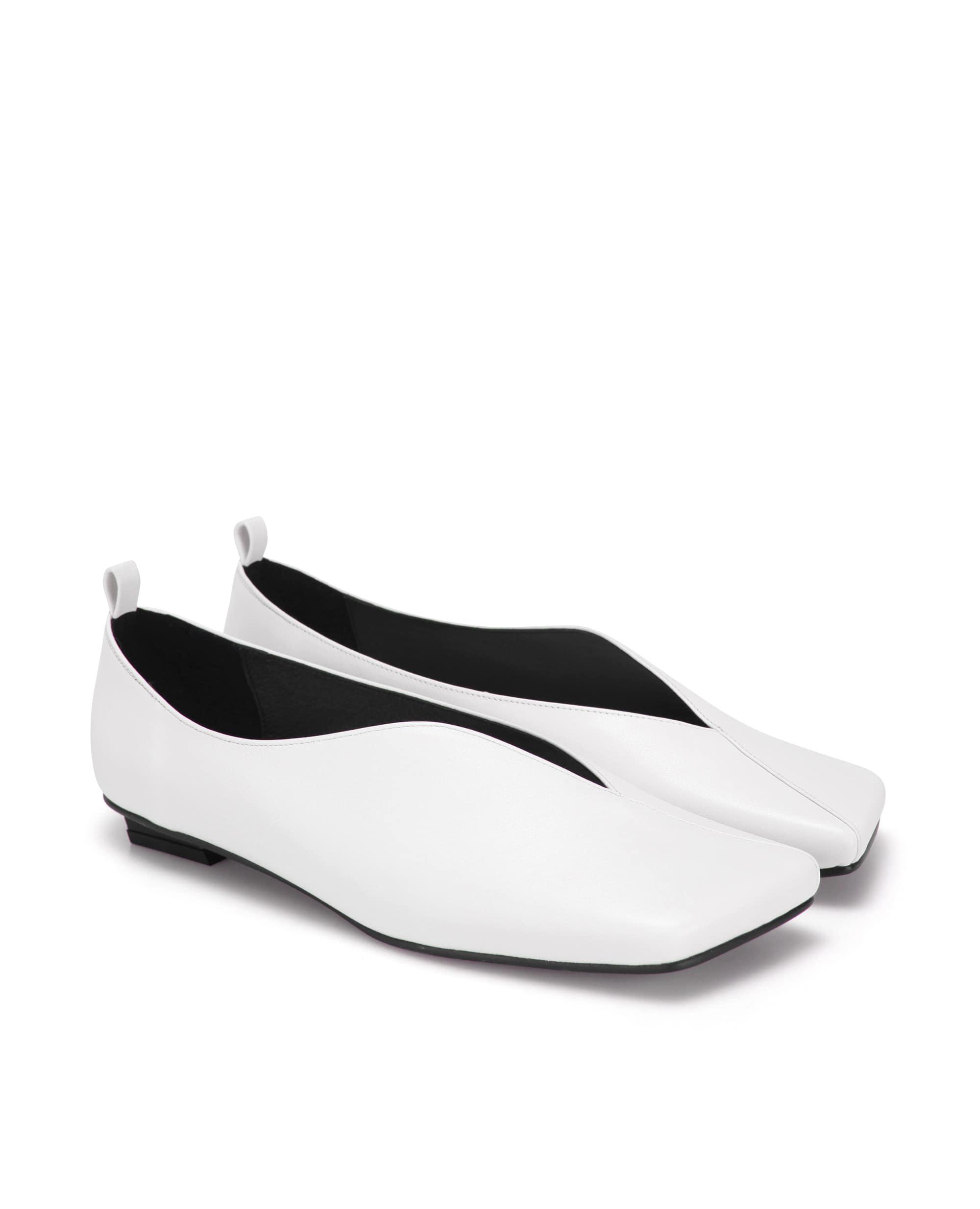 플랫아파트먼트,플랫슈즈,신발,앵클렛,볼체인,flatshoes,flatapartment,shoes,anklet,ballchain