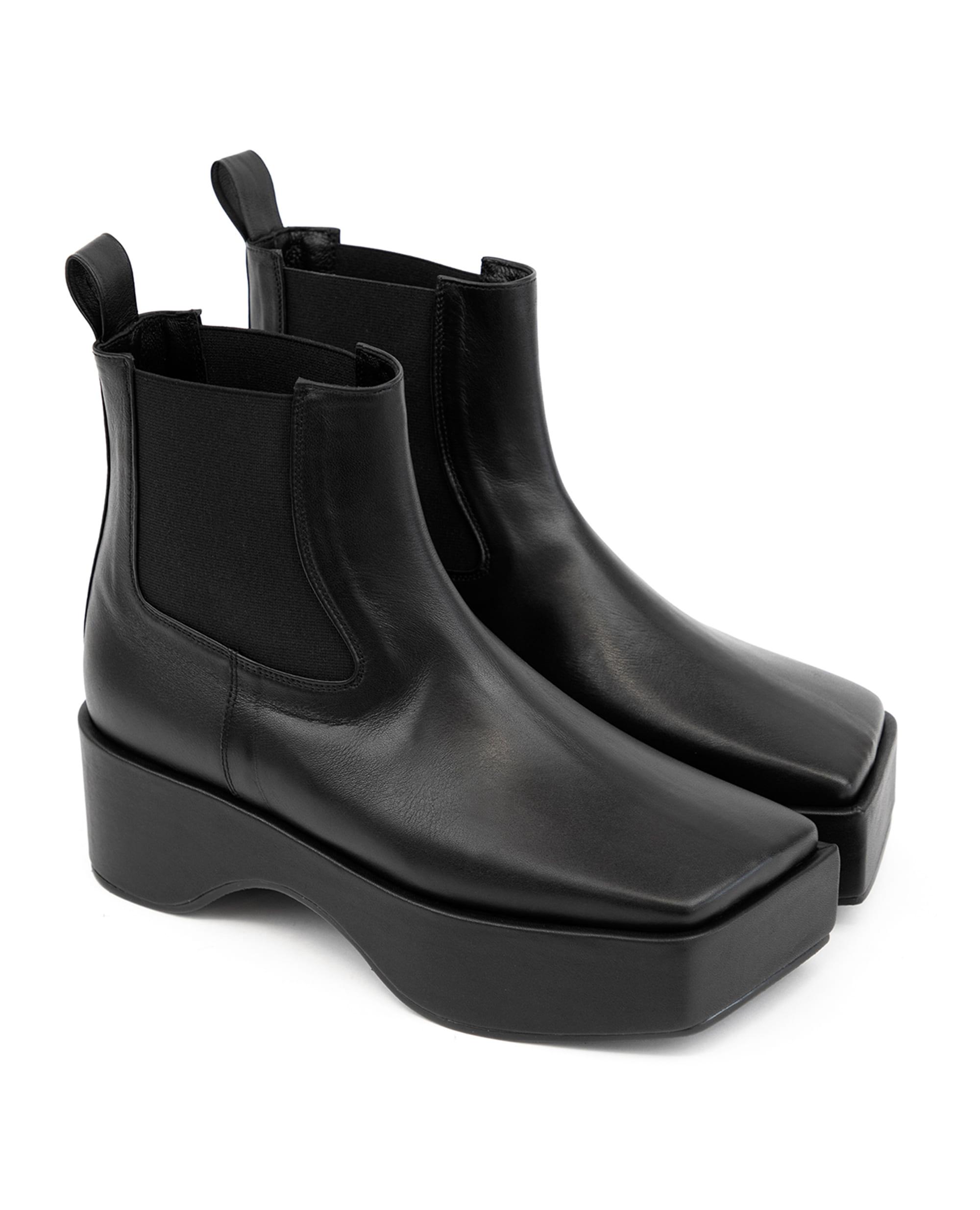 플랫아파트먼트, FLAT APARTMENT, 플랫아파트먼트 신발, FLAT APARTMENT SHOES, square toe shoes, platform, platform boots, platform shoes, square toe chelsea boots, square toe platform chelsea boots, chelsea boots, platform shoes, boots, square toe boots, square toe chelsea shoes, platform chelsea boots, platform chelsea, square toe shoes, 플랫폼 슈즈, 플랫폼 부츠, 부츠, 스퀘어토 부츠, 스퀘어토 첼시 부츠, 스퀘어토 플랫폼 첼시 부츠, 첼시 부츠, 플랫폼 첼시 슈즈, 사각코 부츠, 사각코 플랫폼 슈즈, 첼시 플랫폼 부츠, seoul fahsion, k fahsion, south korea shoes brand, order made shoes, 수제화, 주문제작 신발, 편한 신발