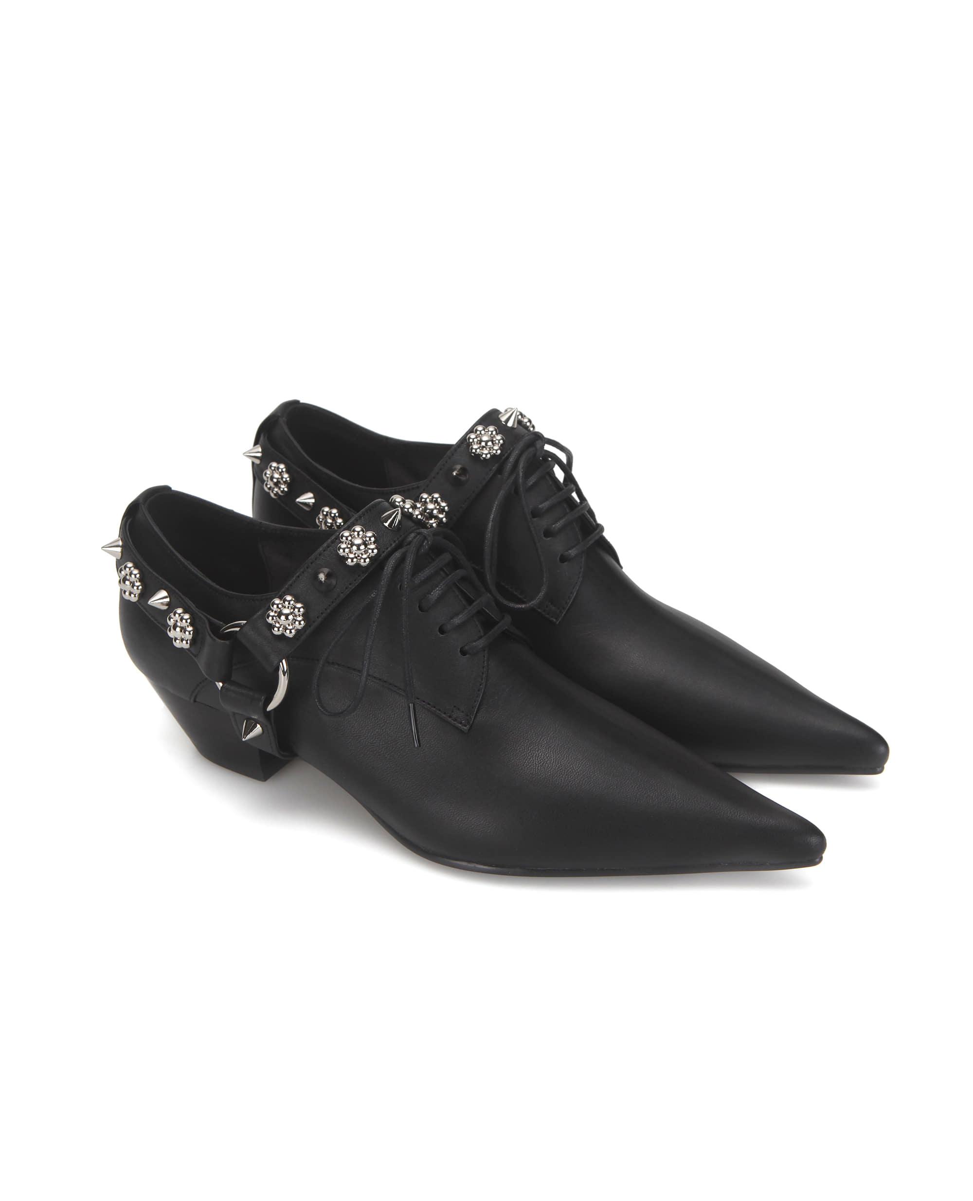 Extreme sharp toe flower derbys | Black