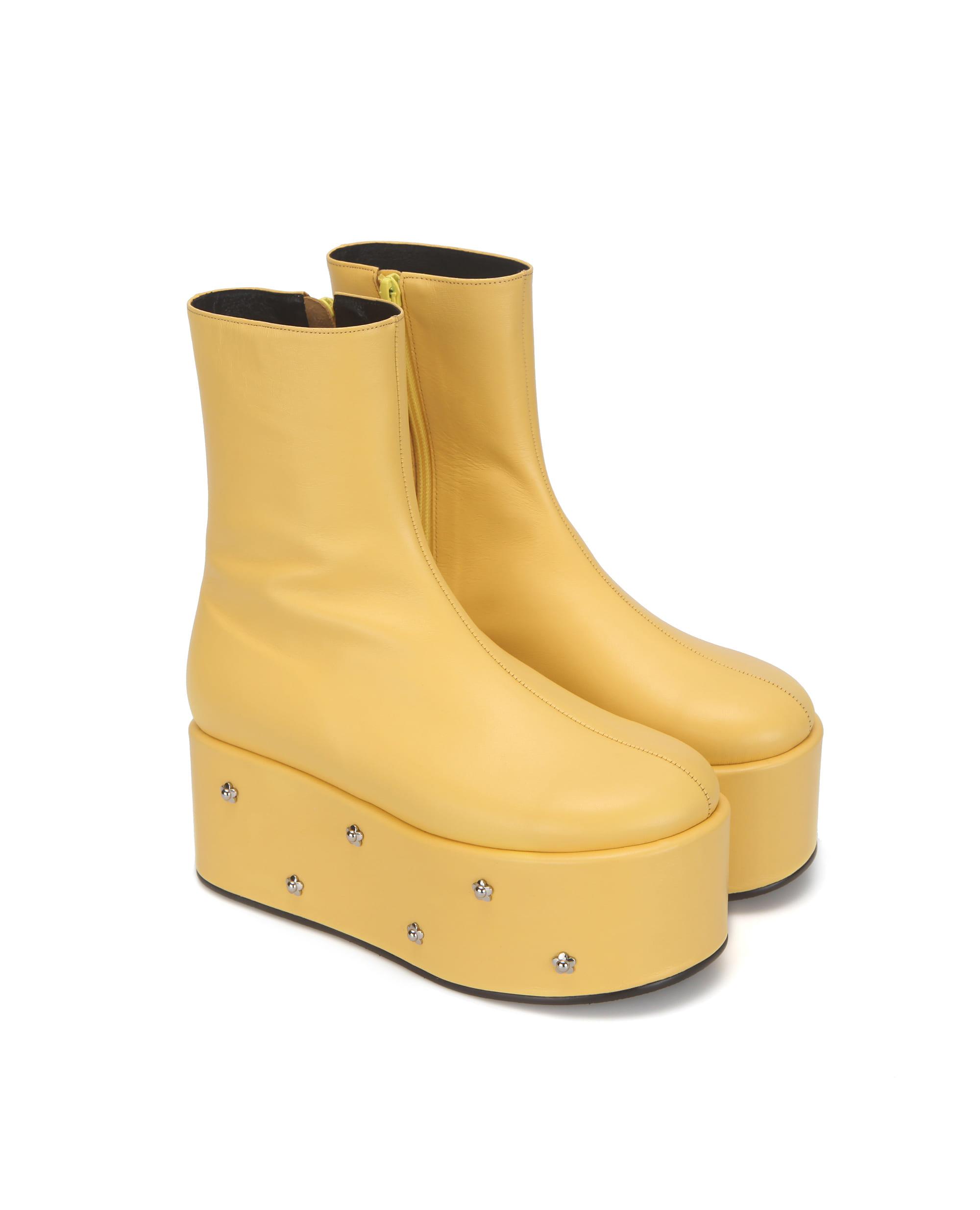 Pebble toe flower platform boots | Yellow