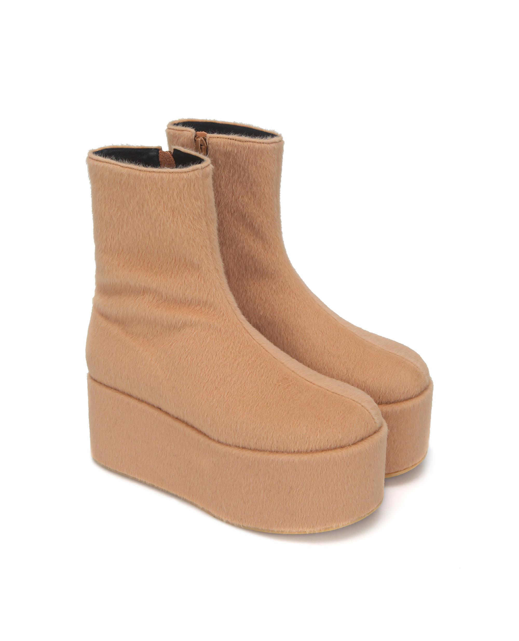 Pebble toe platform boots | Warm beige
