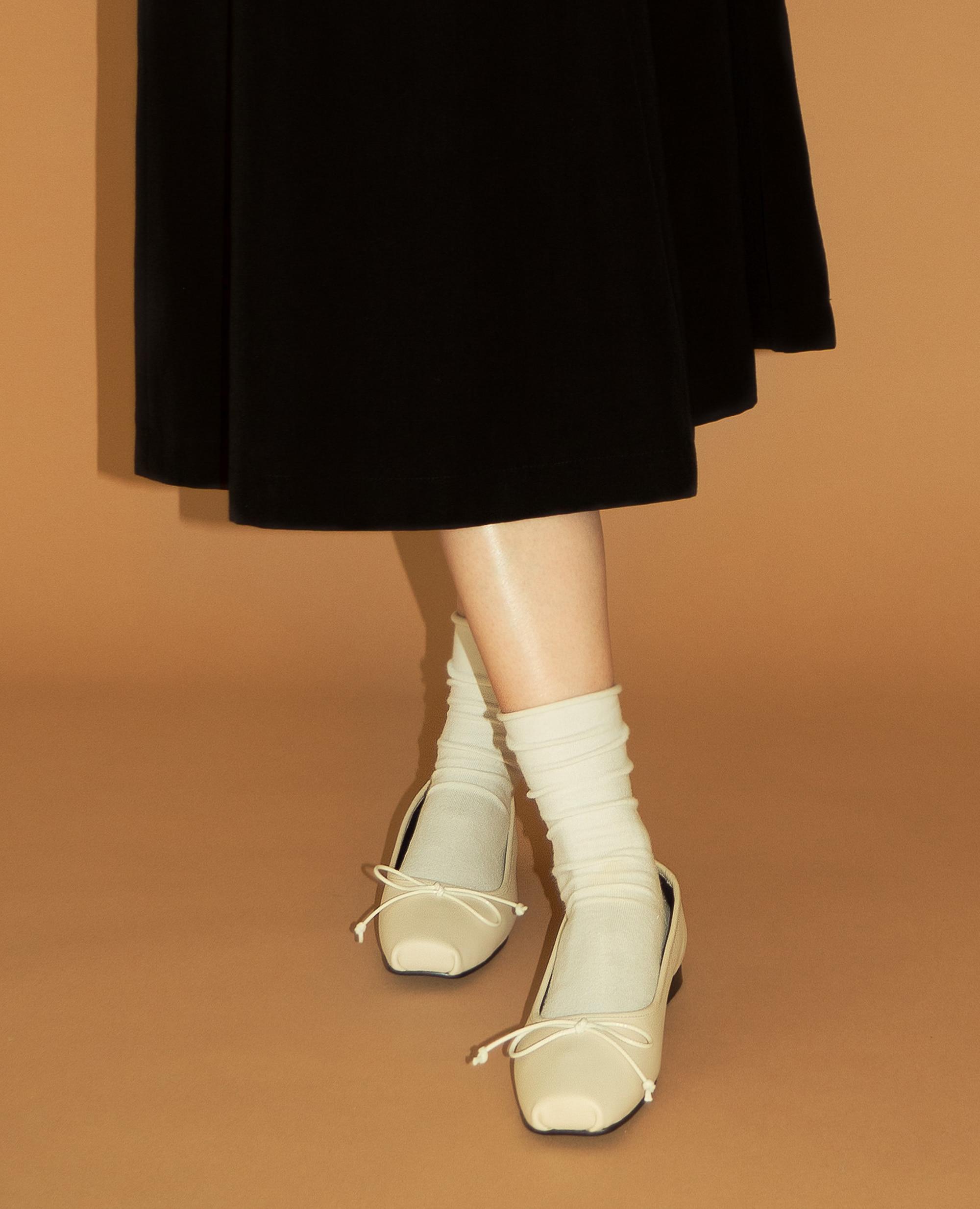 Ballet Toe Ribbon Flats | Light beige