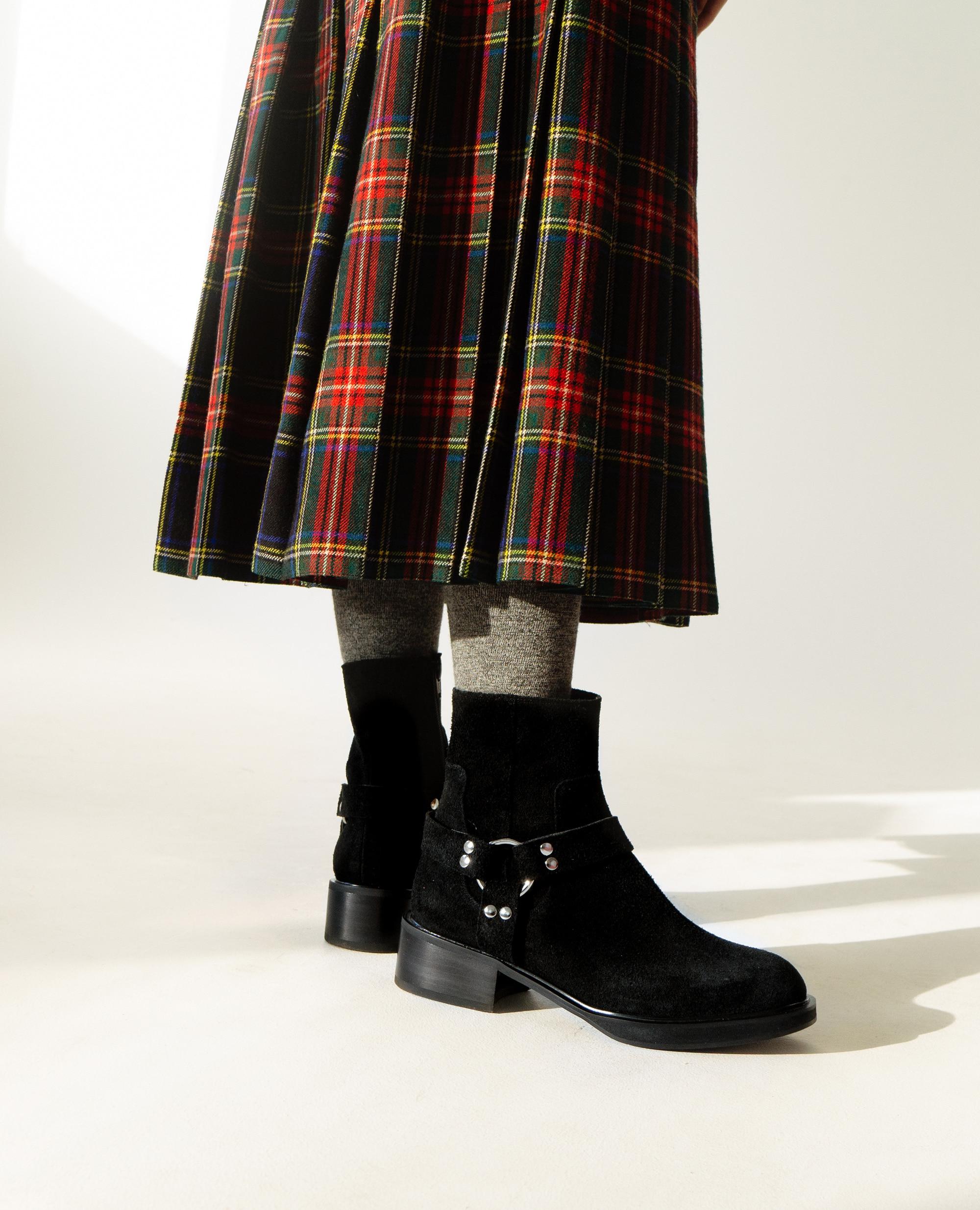 Almond Toe Harness Boots | Deep black