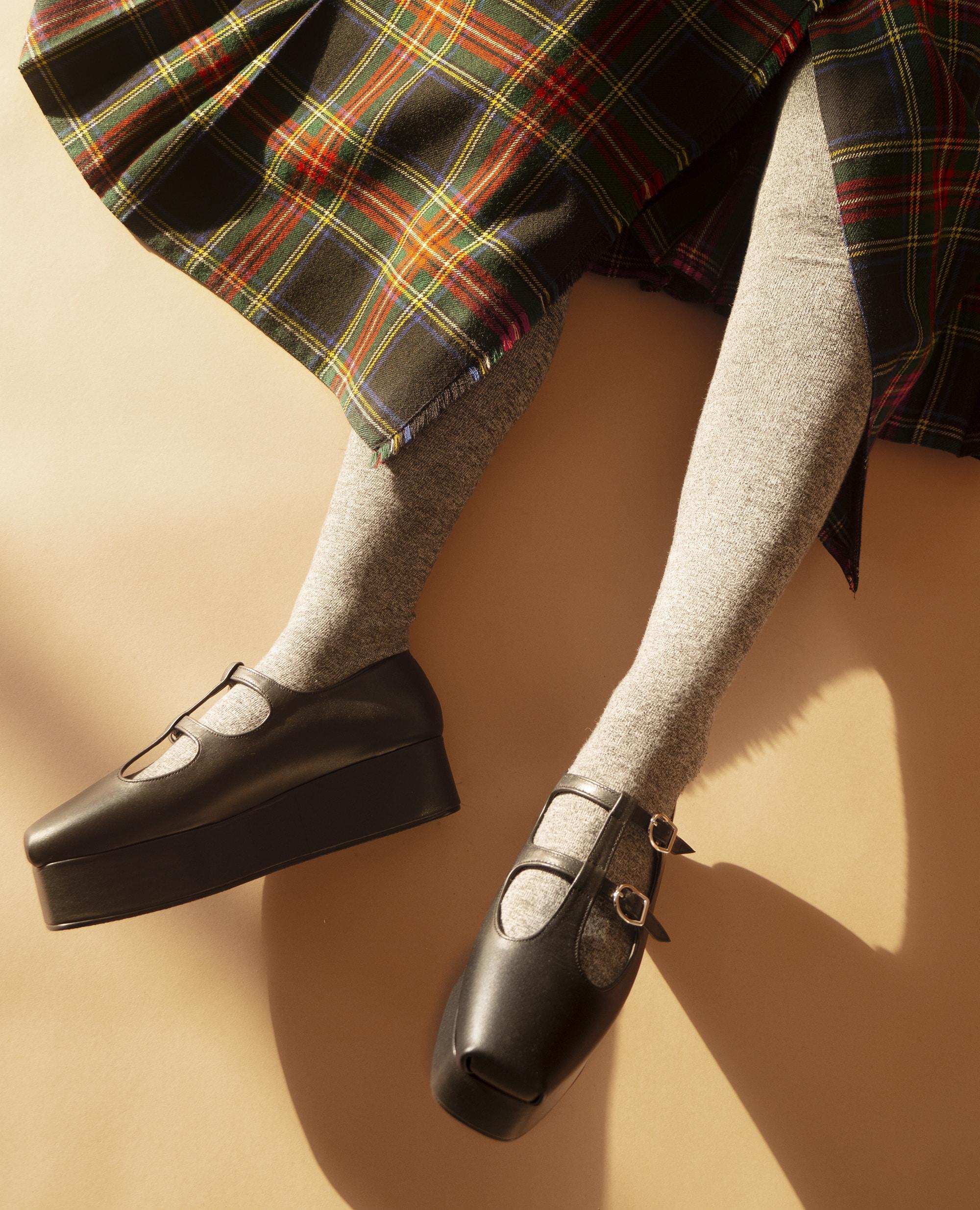 Ballet Toe T-strap platforms | Black