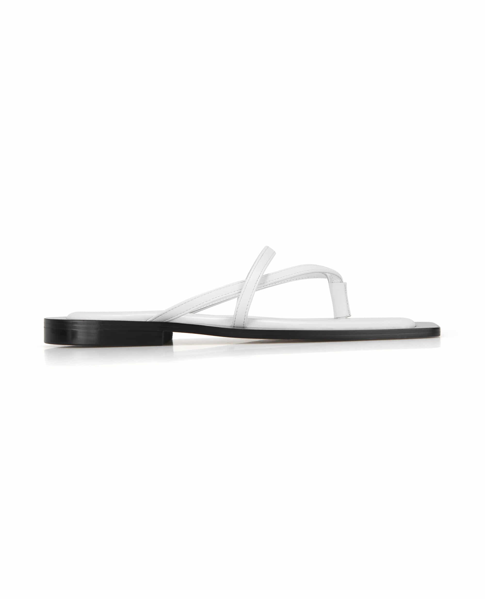 Wide square sole sandals | White