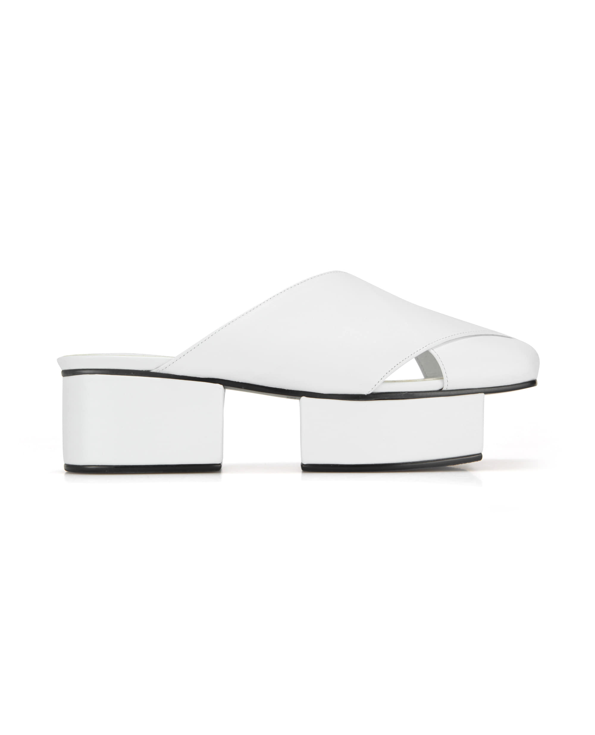 Squared toe crisscross with separated platforms | White
