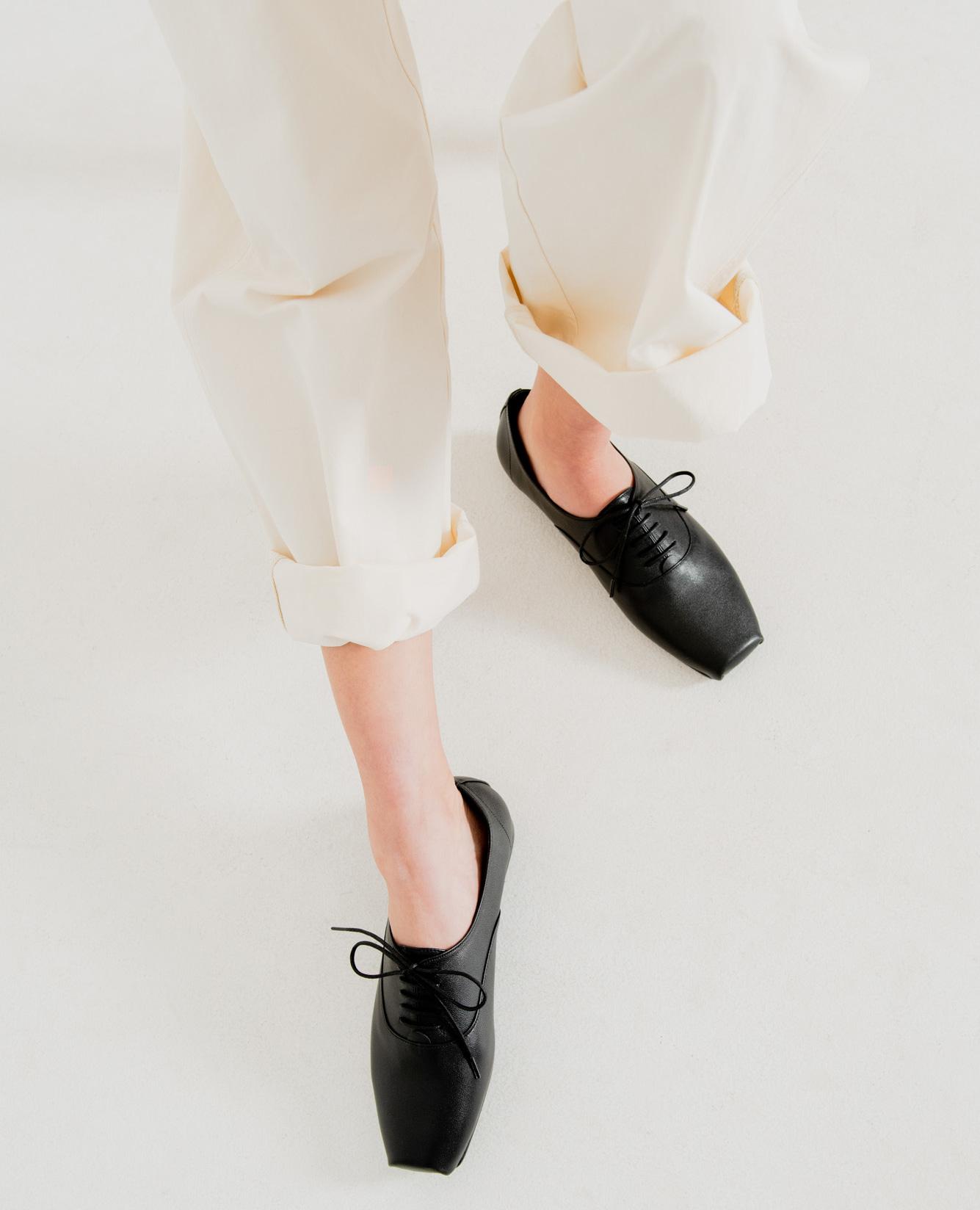 Ballet Toe Oxford Flats | Black