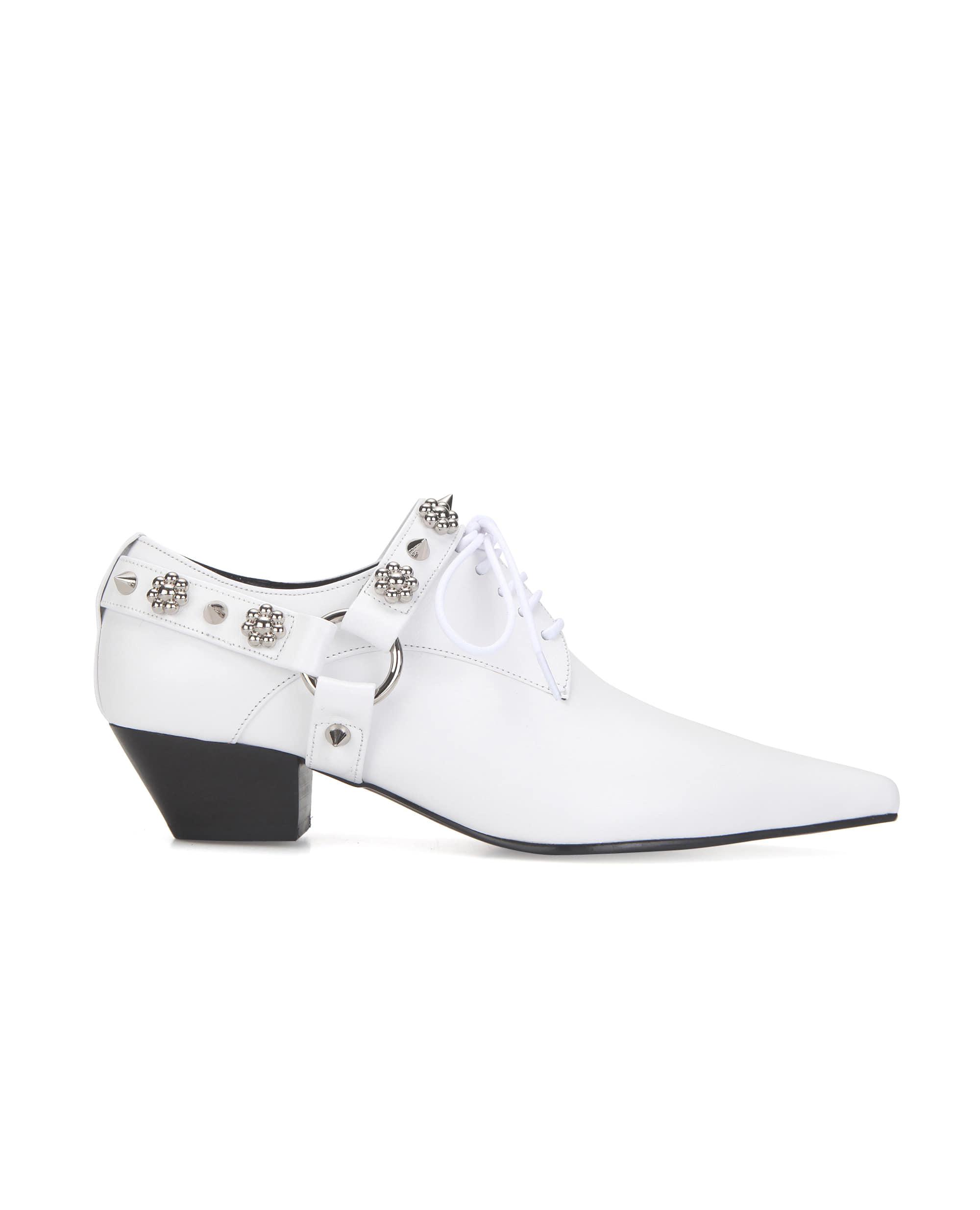 Extreme sharp toe flower derbys | White
