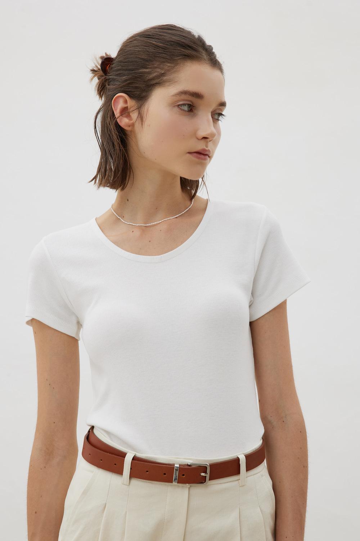 베이스 슬림핏 티셔츠