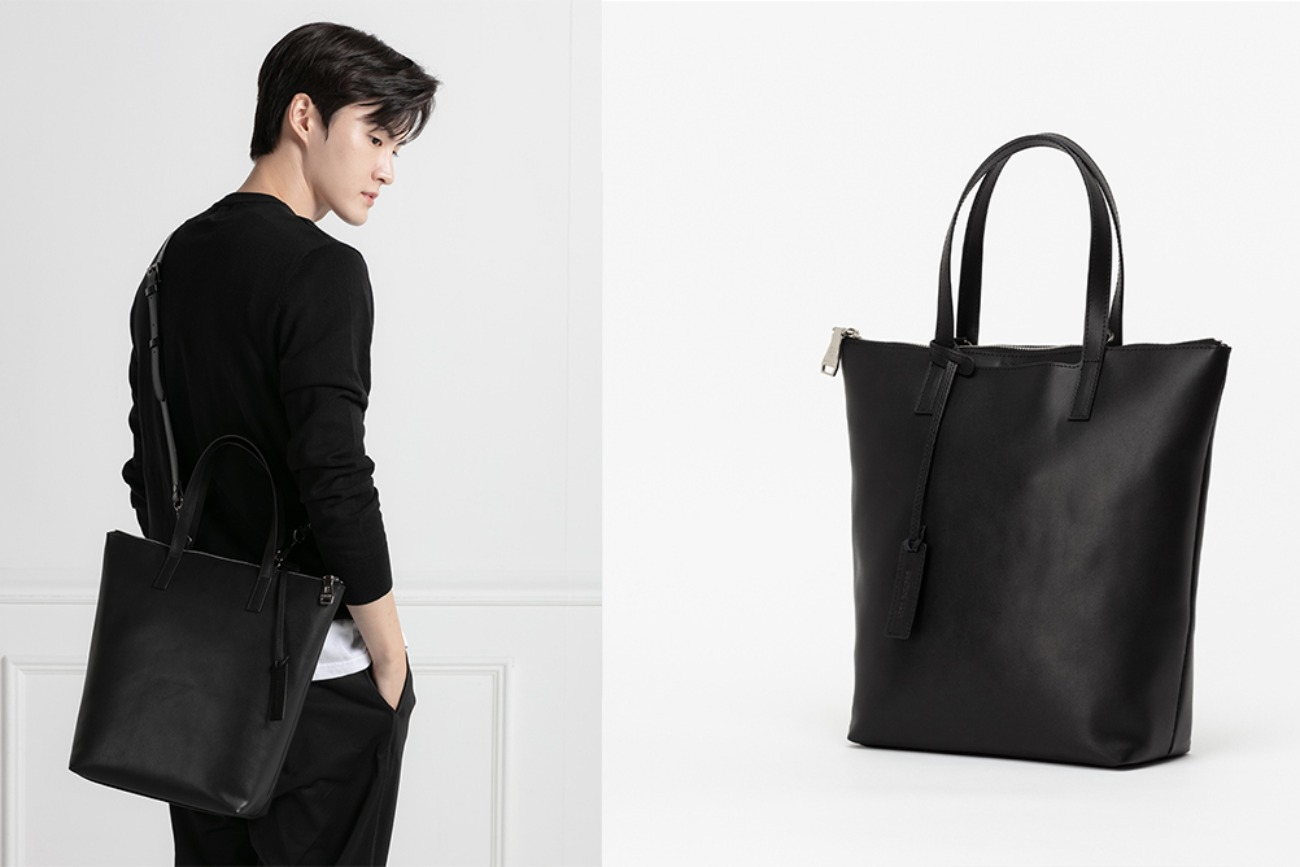 Functional Easy T tote [Black combo]