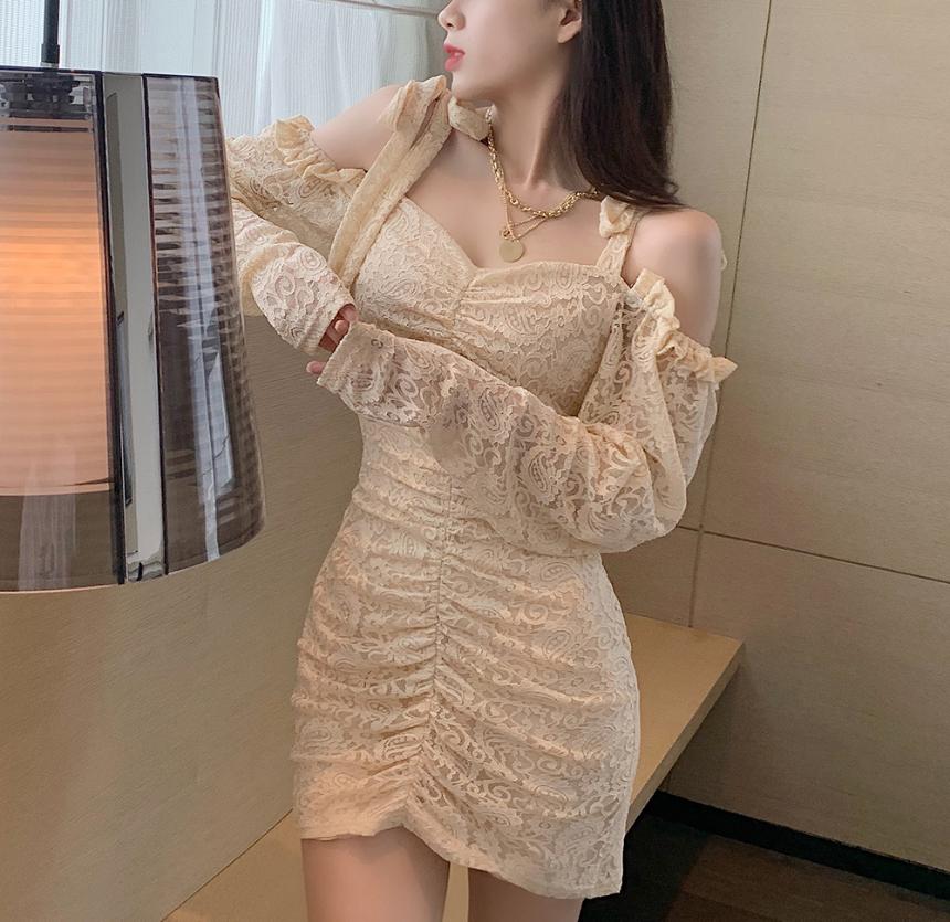 드레스 모델 착용 이미지-S2L9