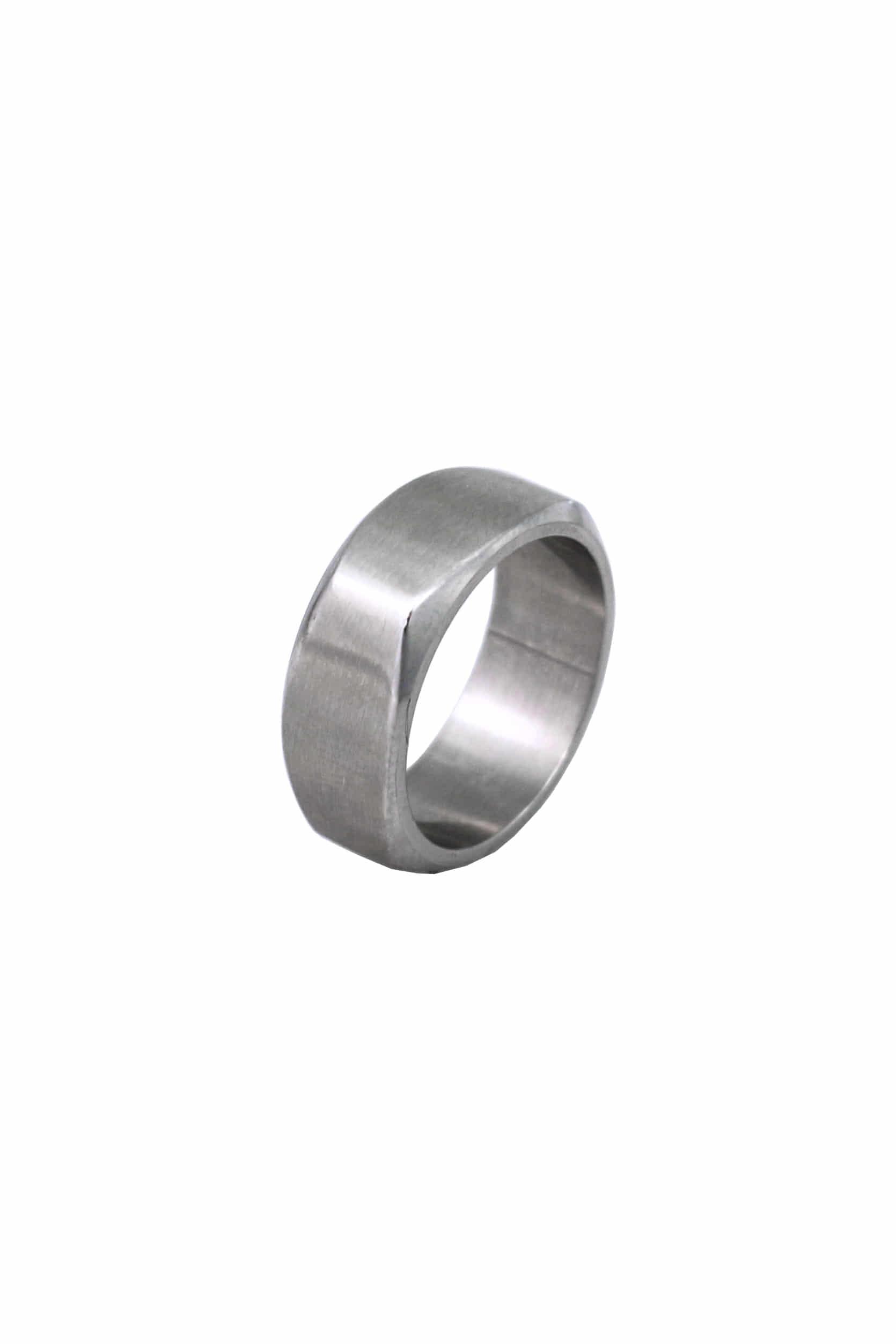 네탈릭 반지