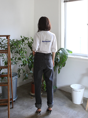 mom jeans in washed black