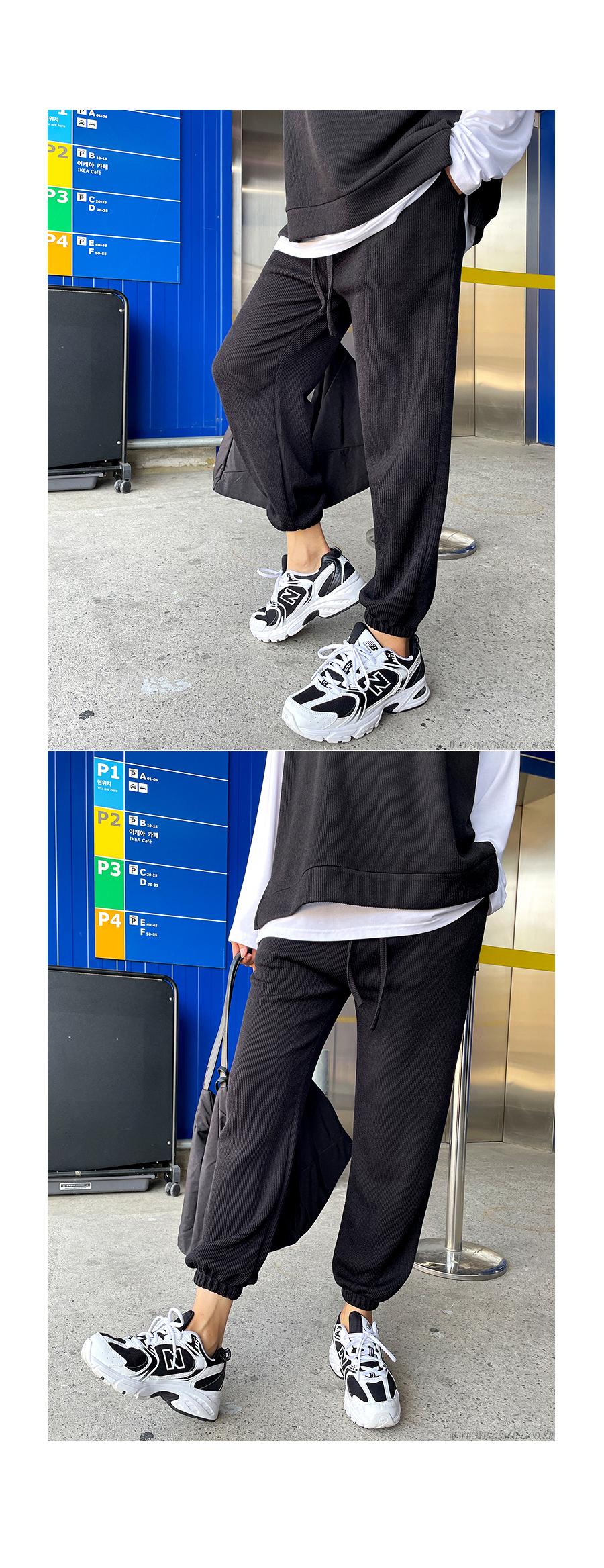 가방 모델 착용 이미지-S1L9