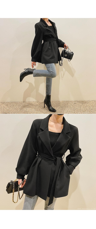 suspenders skirt/pants model image-S10L12