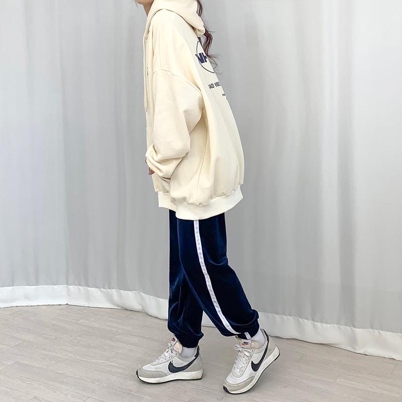 長袖Tシャツ モデル画像-S1L22