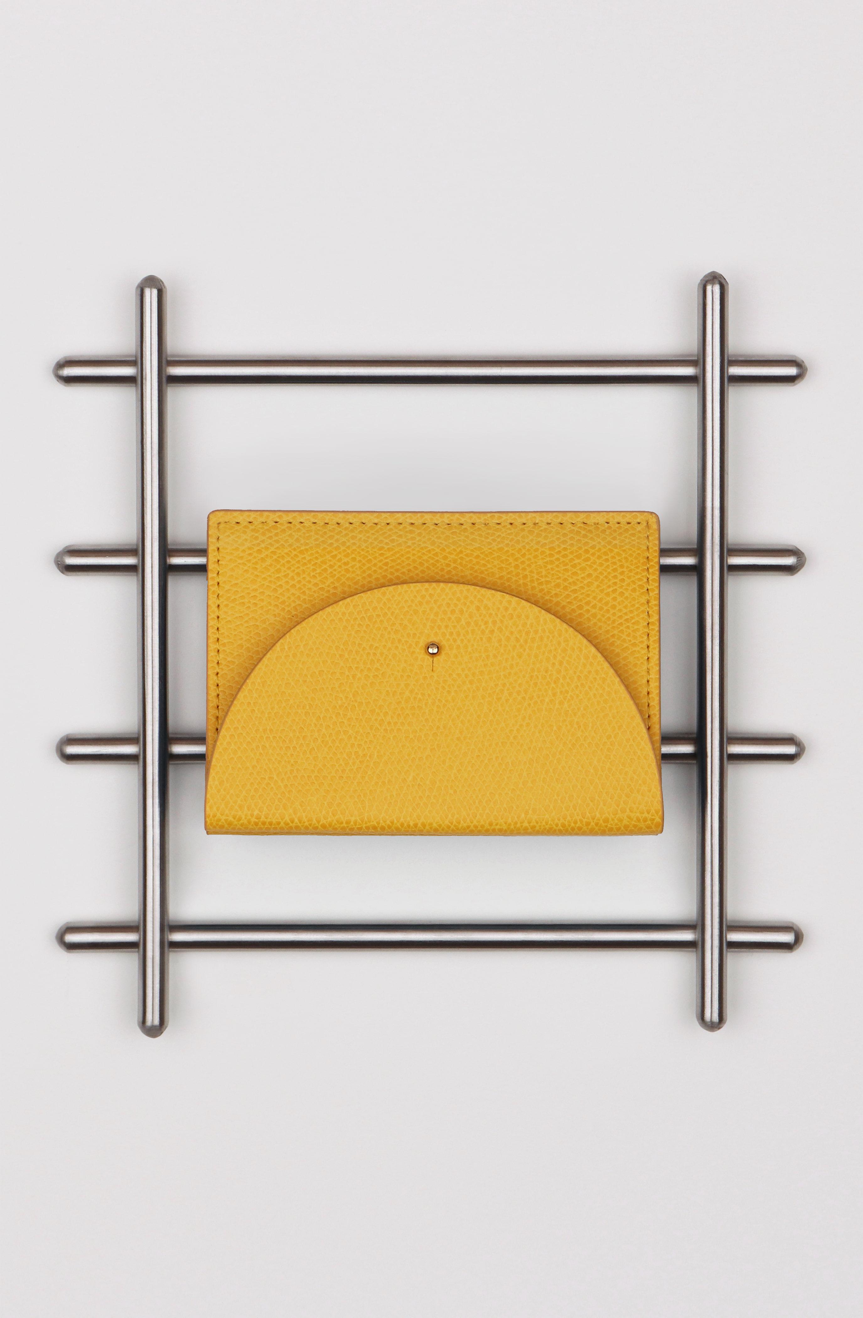 디디 CARD HOLDER IN MUSTARD 챠멜리 공식 온라인 스토어 - chamelees.com