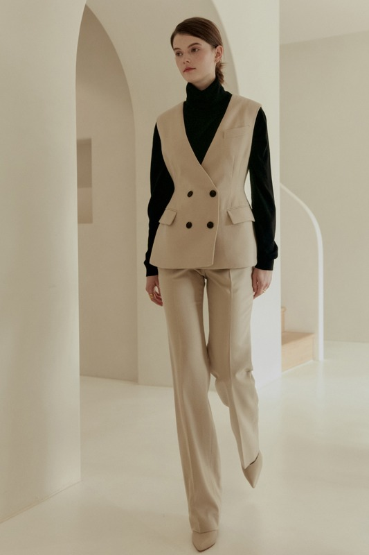 JADE Straight-fit trousers (Misty ivory)