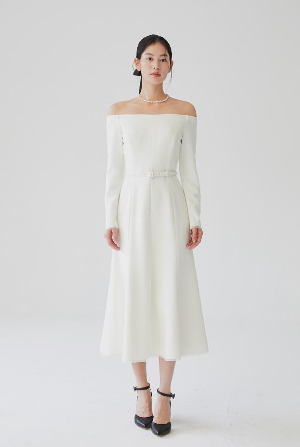 [11/4 예약배송]BRIANA Off-shoulder long sleeve semi mermaid dress (Ivory)