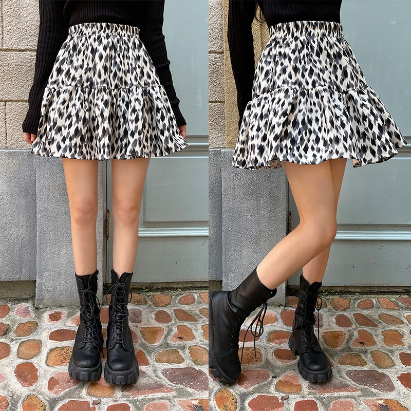 Try To Know Somebody Printed Skirt