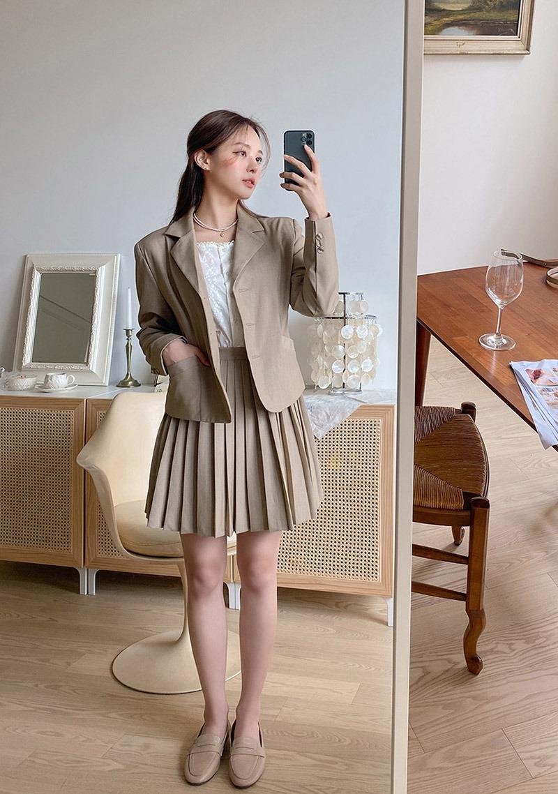 Staying Close Jacket & Skirt Set_H65850