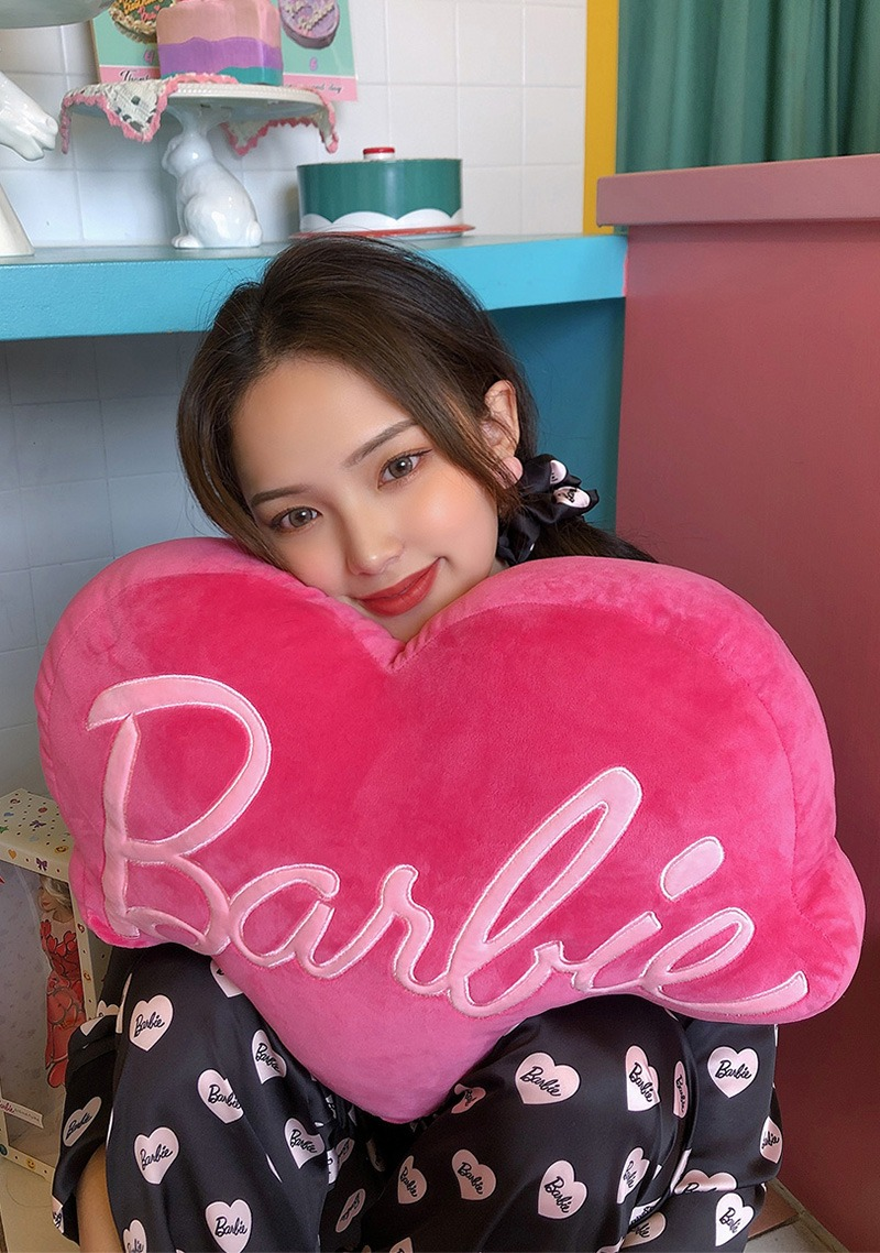 Love Barbie Soft Heart Cushion_H66513