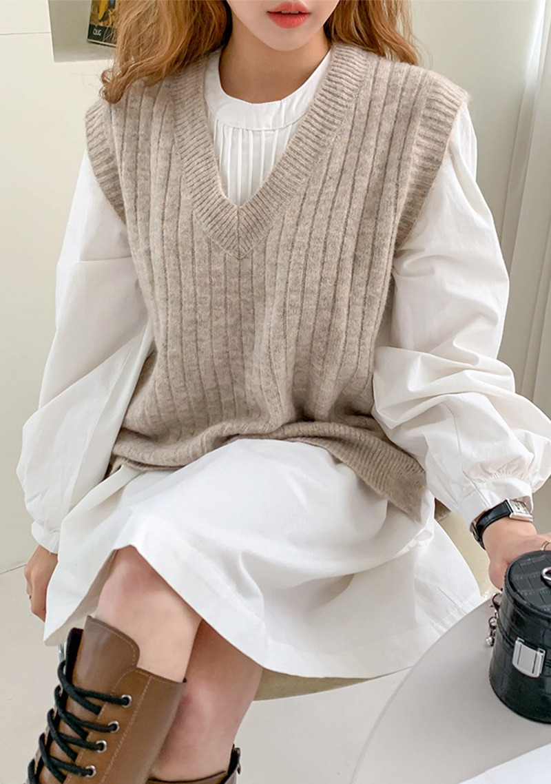 In Love With Your Touch Knit Vest_CHVK20T001