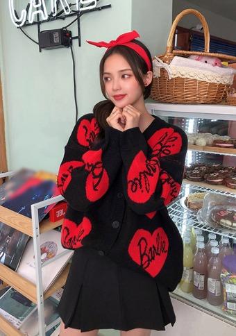 Love Barbie love point cardigan_H66704 - 韓国通販 chuu