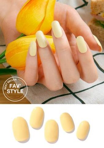 ZINIPIN Creme Anglaise Nails